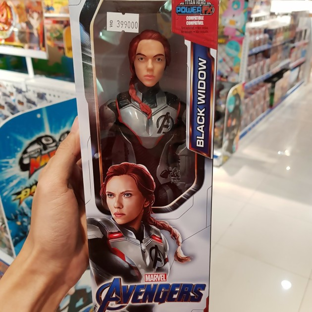 black widow figurine espace avengers endgame