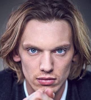 jamie campbell bower prequel got acteurs