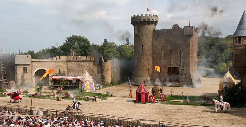 puy du fou parc geek spectacle medieval
